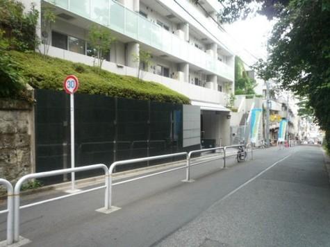 YOTSUYA DUPLEX D-R 建物画像10