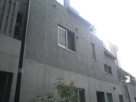 COURT ONNAZAKA 建物画像2