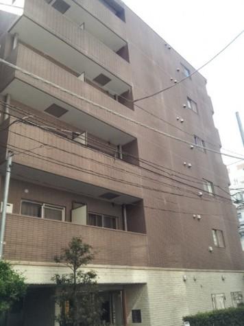 パレステュディオ新宿御苑前 建物画像2