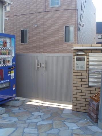 神泉 5分マンション 建物画像2