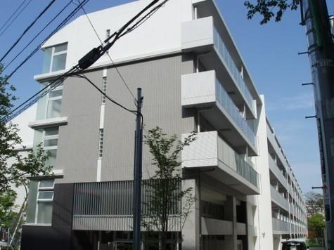 コンフォリア駒場 建物画像2