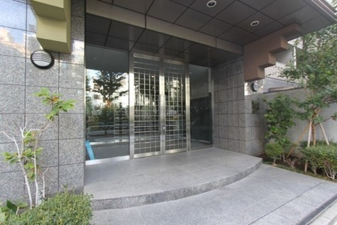 パレステュディオ新宿御苑 建物画像2