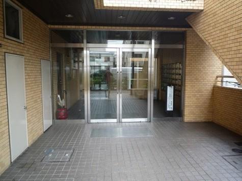 ライオンズマンション下目黒 建物画像2