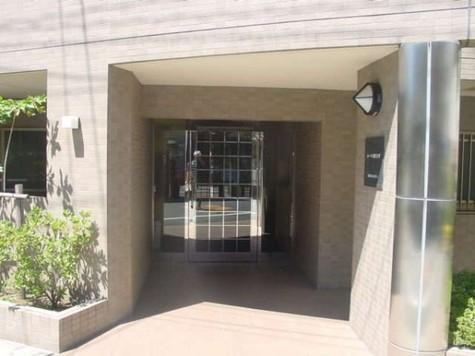 ルーブル都立大学 建物画像2