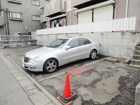 ☆敷地内駐車場☆