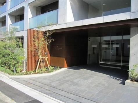 グランハイツ白金 建物画像2
