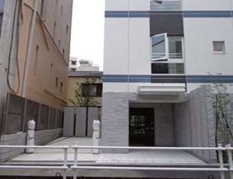 プレミスト四谷カレントコート 建物画像2