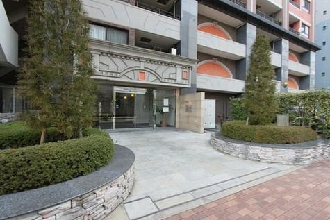 ドメス新横浜 建物画像2