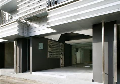 カスタリア都立大学 建物画像2