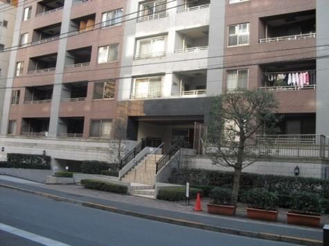 リシェ横浜山下公園 建物画像2