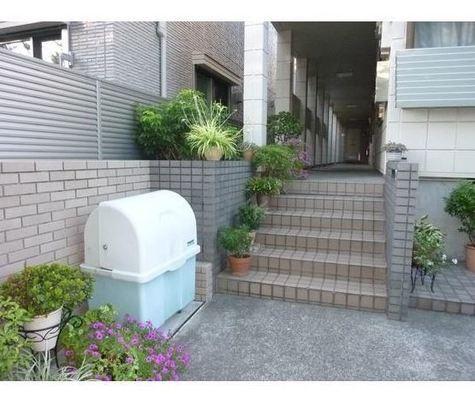ドエル三田 建物画像2