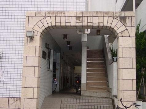 スカイコート日吉 建物画像2