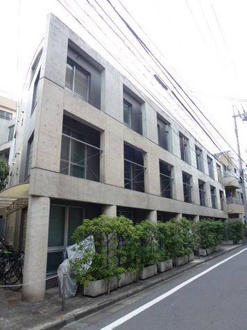 駒鳥アパートメント 建物画像2
