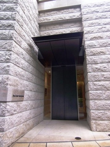 Park Side Kamiyama(パークサイドカミヤマ) 建物画像2