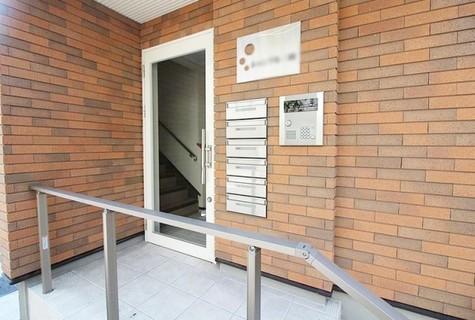 シャンブル三田 建物画像2