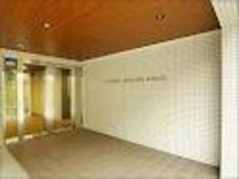 アパートメンツ駒沢大学 建物画像2