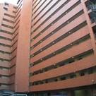 ライオンズマンション初台 建物画像2