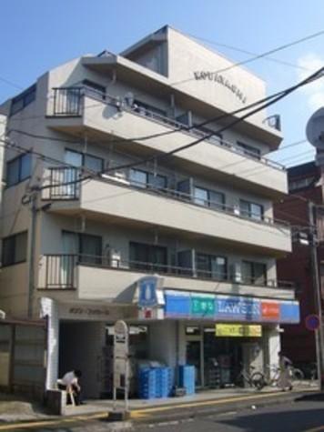 メゾンファミーユ 建物画像2