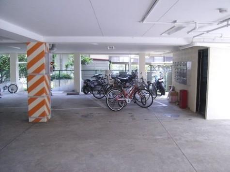 敷地内駐車場(駐輪場)