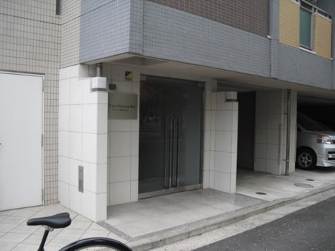 ティーリーフ横浜WEST 建物画像2