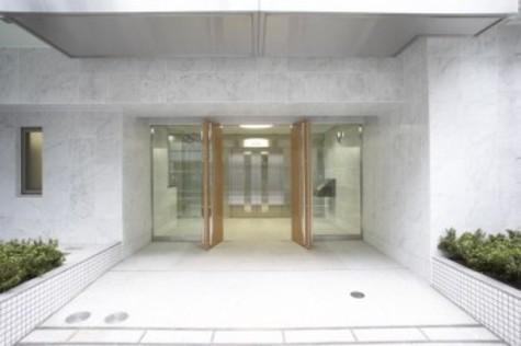 コンフォリア新宿御苑Ⅰ 建物画像2
