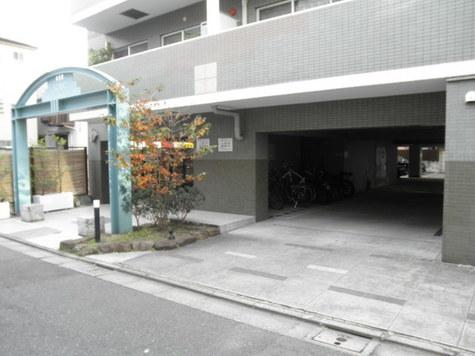 フォレストコート 建物画像3