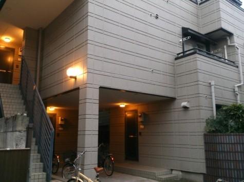 ロジュマン千駄木 建物画像3