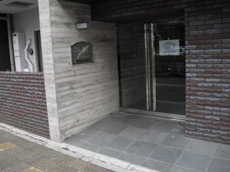 プレール・ドゥーク川崎 建物画像3