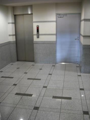 日神デュオステージ笹塚西館 建物画像3
