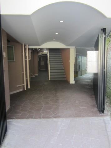 クローバーヒルズ 建物画像3