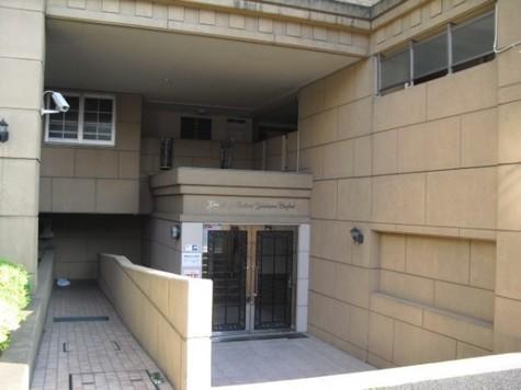 グランシティレイディアント横濱コンフォルト 建物画像3