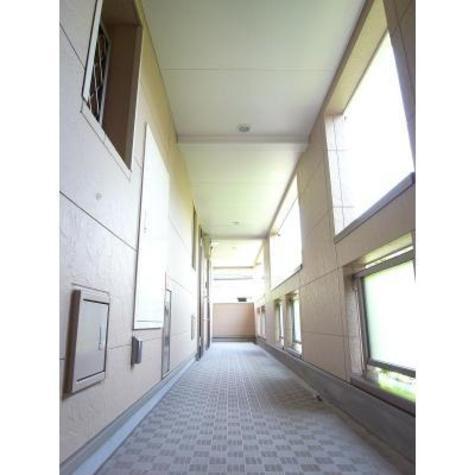 シュールメゾン戸塚 建物画像3