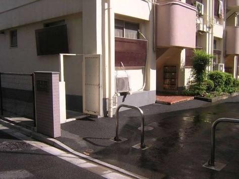 新宿ローヤルコーポ 建物画像3
