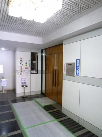 ウィン四谷 建物画像3