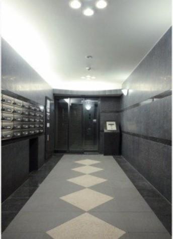 ルーブル渋谷初台弐番館 建物画像3