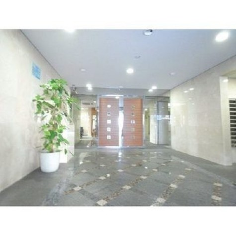 パレステュディオ新宿パークサイド 建物画像3