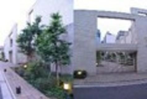 プレミアガーデン本郷 建物画像3