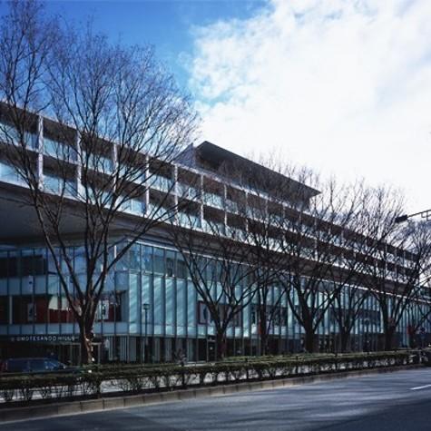 表参道ヒルズゼルコバテラス(west棟) 建物画像3