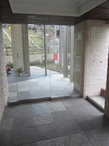 ビクトリアプレイス 建物画像3