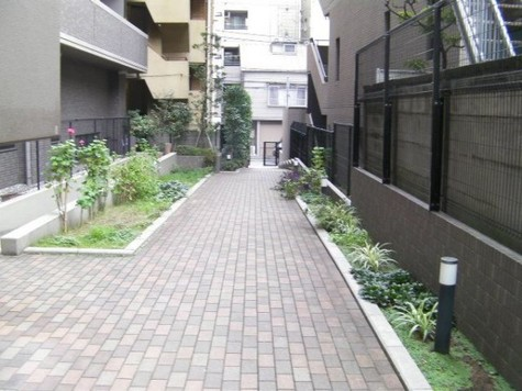 菱和パレス御茶ノ水湯島天神町 建物画像3
