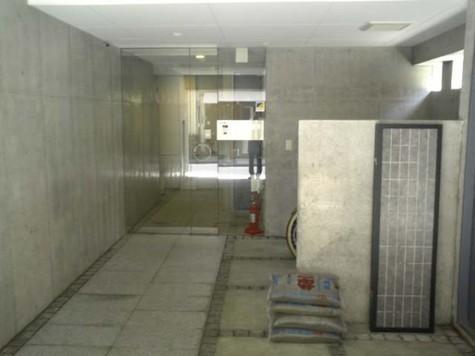 COURT ONNAZAKA 建物画像4