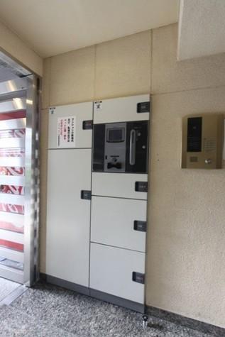 プレール・ドゥーク新宿御苑 建物画像4