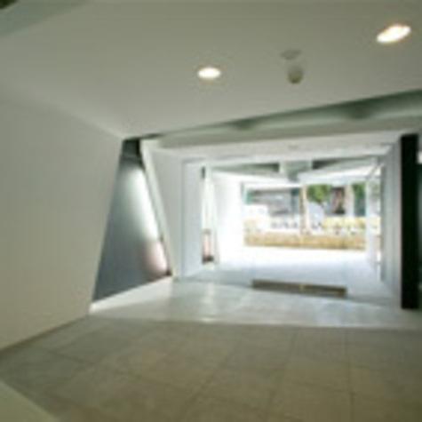 カスタリア都立大学 建物画像4