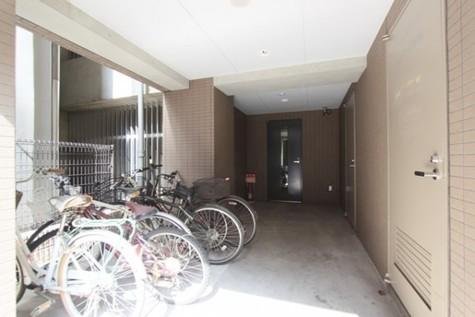 御茶ノ水 8分マンション 建物画像5