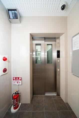 ヴォーガコルテ練馬 Building Image5