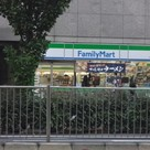 ファミリーマート入船三丁目店