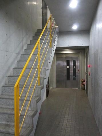 都立大学 1分マンション 建物画像5