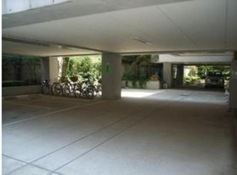 イーストガーデン 建物画像5