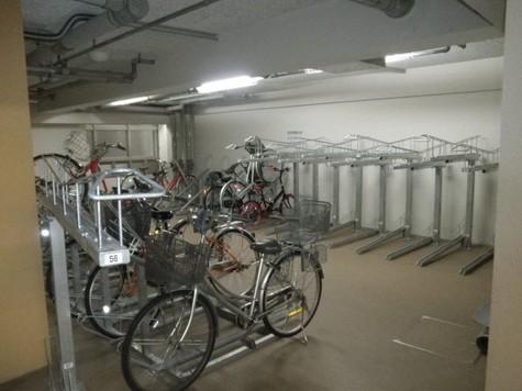 屋内駐輪場