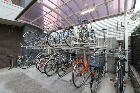 ドメス新横浜 建物画像6